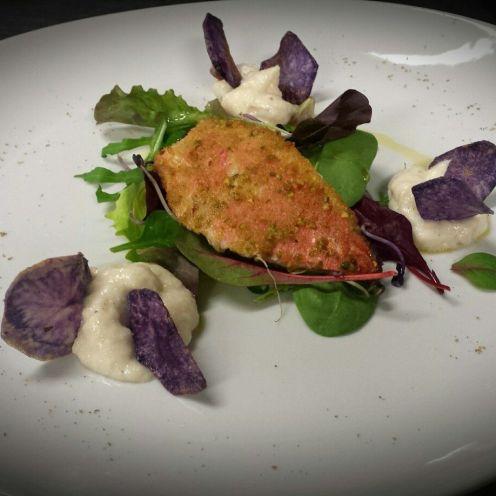 triglia con pistacchi, crema di baccalà mantecato e patate viola